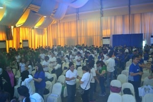 Philippine team building facilitators can handle large groups