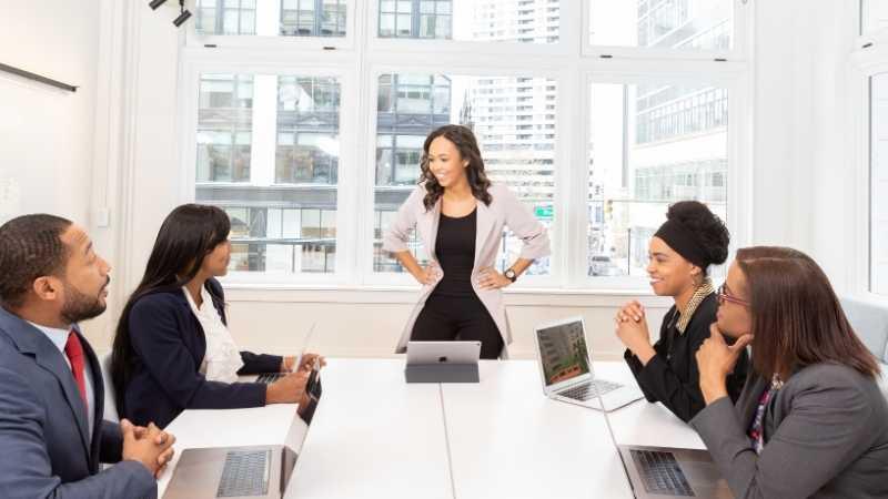 leadership presence of a lady boss